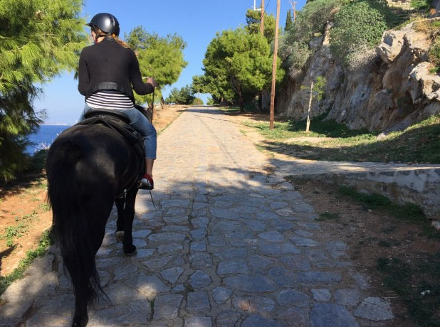 horse riding trekking Hydra