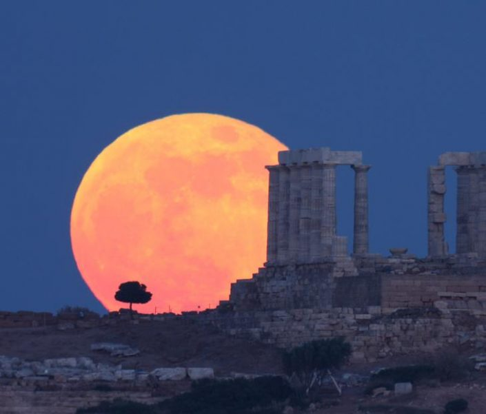 cape fullmoon sounion